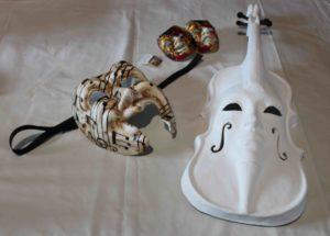 Masques de Mouflet créés spécialement par un artiste vénitien Il canovaccio